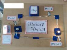 Montaje de circuitos eléctricos en Natural Science