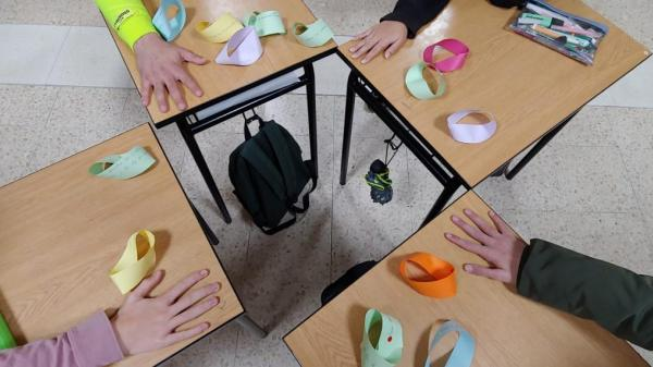 educación_colegio_cantabria_santander_esclavas_acciones_paz